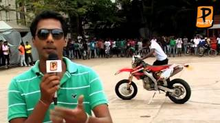 Colombo Motor Show 2012 Bike Stunts Pearl TV - Sri lanka 1st Online TV Channel 24h Live