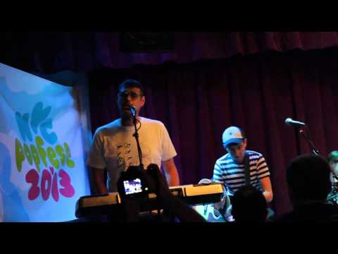 The Smittens - Dream World live at NYC Popfest 2013