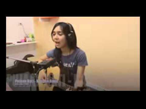 Cewek Thailand Nyanyi Lagu Kangen Band   Pujaan Hati HD