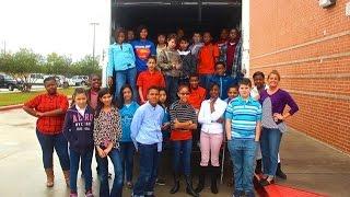 Nolan Ryan Jr High Students Give Back