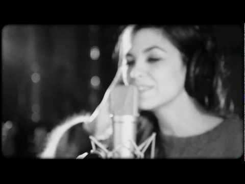 Berry - Si c'est la vie (vidéo studio)