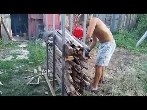 Приспособление для распиловки мелких дров