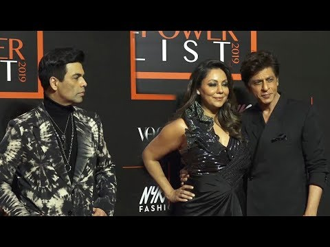 Shahrukh Khan With Wife Gauri Khan Ignors Karan Johar At  The Vogue X Naykaa Fashion