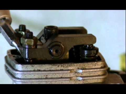 Ajusting Valves On A Four Stroke Engine