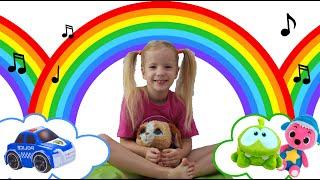 История о том, как дети со всего мира делятся игрушкой и играют вместе с Vika Asterisk