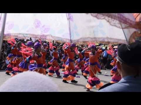 Street Dancing in San Fernando I
