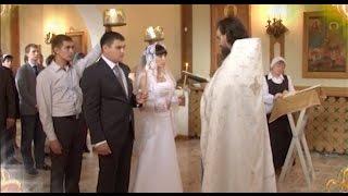 Таинство венчания брака(Что даёт молодым таинство венчания? Как построить крепкую христианскую семью? На эти и другие вопросы отвеч..., 2016-11-07T08:34:29.000Z)
