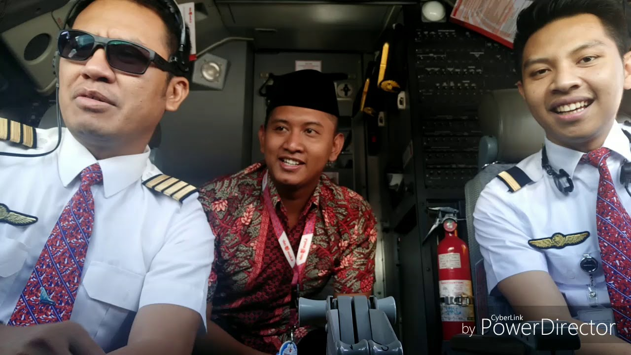 Aviavlog-Malam Takbir & Sholat Idul Fitri 1439H di Bandara ...