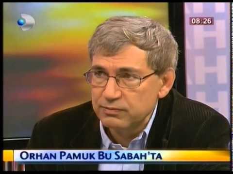 Orhan Pamuk Tuluhan Tekelioğlu'na konuk oldu.