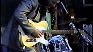 Robben Ford and the Blue Line - Worried Life Blues (93)