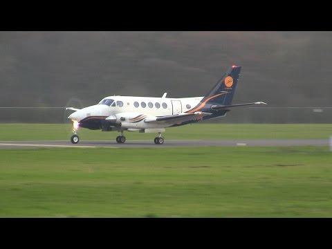 Beech A100 King Air ► Takeoff ✈ Groningen Airport Eelde