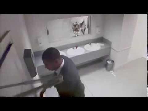 Скрытая камера в туалете. Порно подглядывание в женском