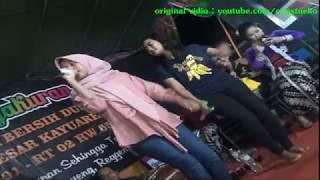 PIKIR KERI Rossi & Aprillia Masih bocah pinter nyanyi