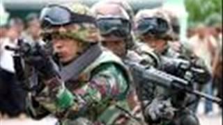 BAPAK SBY TDK DIPERKENANKAN MENYENTUH BENDERA PUSAKA INDONESIA