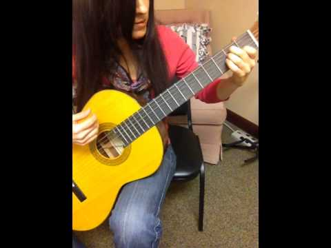 Me playing O Christmas Tree for guitar, free PDF sheet music for you