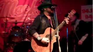 Whiskey River take my mind - Billie Gant & Dallas Moore.