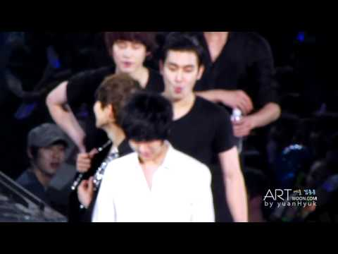 [ARTWOON]120205 SS4 IN TAIPEI 'Water Game' Focus Yesung .mp4