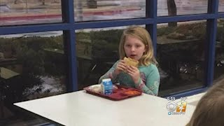 Photo Of Child Eating Lunch Alone Causing A Backlash