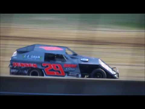 Lake Ozark Speedway Heat race 6 22 18 Jace Gay