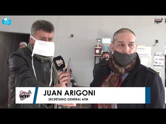 Protesta en el Corralon Municipal de Villa Cañás con quemas de gomas
