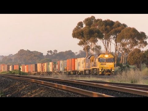 Freight Train from Adelaide to Melbourne - Australian Trains, Railways and Railroads