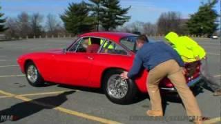Loading a 1963 Ferrari 250 GT Berlinetta Lusso