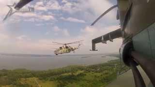 Видео репетиции парада с транспортно-боевого вертолета Ми-24(Портал TUT.BY, совместно со специалистами ВоенТВ, установили камеры GoPro в кабины пилотов самолетов и вертолето..., 2013-07-02T12:55:15.000Z)