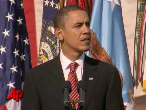Obama Salutes Fort Hood Shooting Victims