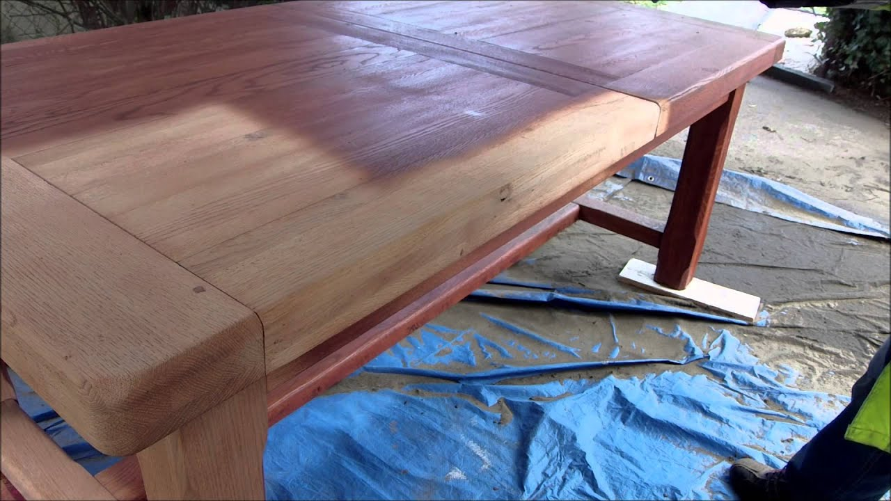 D capage table en chene youtube - Comment laquer une table en bois ...
