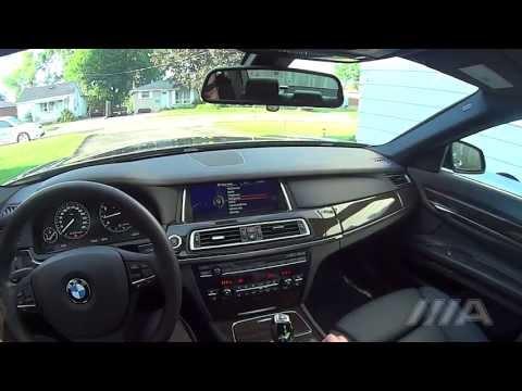 BMW 740Li 2013 brief tour and night driving