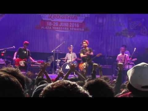 Pee Wee Gaskins - Dibalik Hari Esok | The Rock Show (Live JakCloth Lebaran 2016)