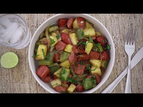 Sausage Recipes – How to Make Hawaiian Sausage Skillet
