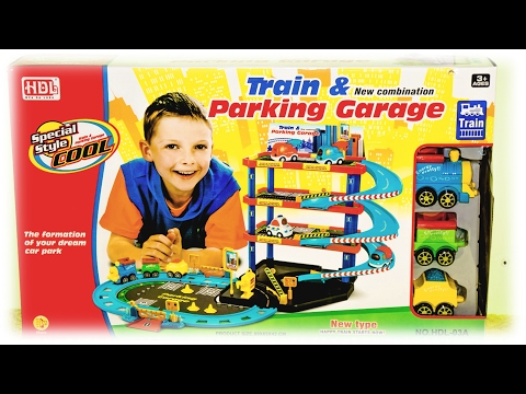 TRAINS AND CARS VIDEO: Train & Parking Garage PlaySet Toys for Kids Review