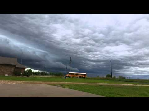 time lapse storm front Paris Texas 4/11/16