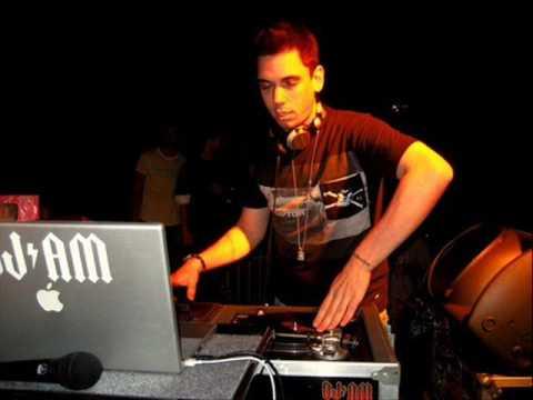 DJ AM 1 of 6