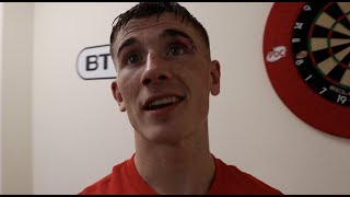 BRAD FOSTER REACTS TO DRAMATIC LAST ROUND STOPPAGE OF ASHLEY LANE TO BECOME COMMONWEALTH CHAMPION