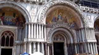 Saint Mark's Basilica Venice Italy Собор Сан Марко Венеция(Над гробницей Святого Марка, рядом с Дворцом дожей, венецианцы возвели собор Сан-Марко, ставший сердцем..., 2013-11-17T13:48:46.000Z)
