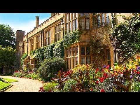 FOOTLOOSE IN THE COTSWOLDS travel guide HD video