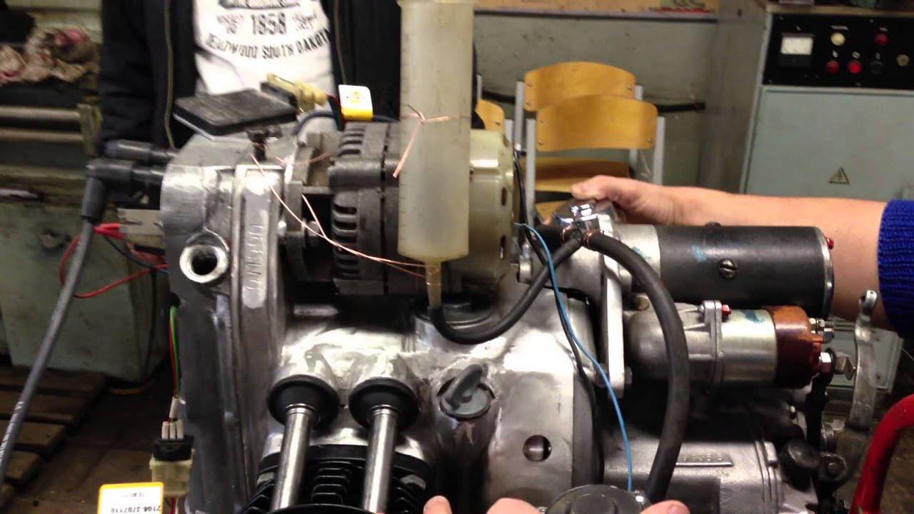 Практически так же, как и любые технические изделия, двигатели для мотоциклов имеют свою классификацию. Основными элементами, по которым классифицируют двигатели для моторизированного транспорта, является: расположение и число цилиндров;; рабочий объем двигателя или иначе его.