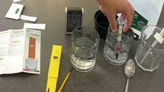 Calibrating pH Probes(How to calibrate those inexpensive (less than $20) digital pH probes for hydroponics or aquariums., 2011-11-29T01:14:01.000Z)