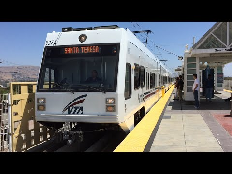 Valley Transportation Authority HD 60fps: VTA Light Rail Trains @ Great Mall Station 7/23/15