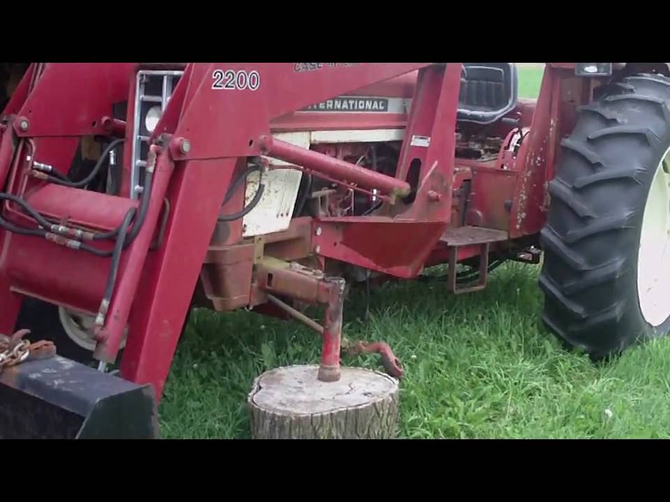 Fixing the Tractor Spindle (International 574) - YouTube
