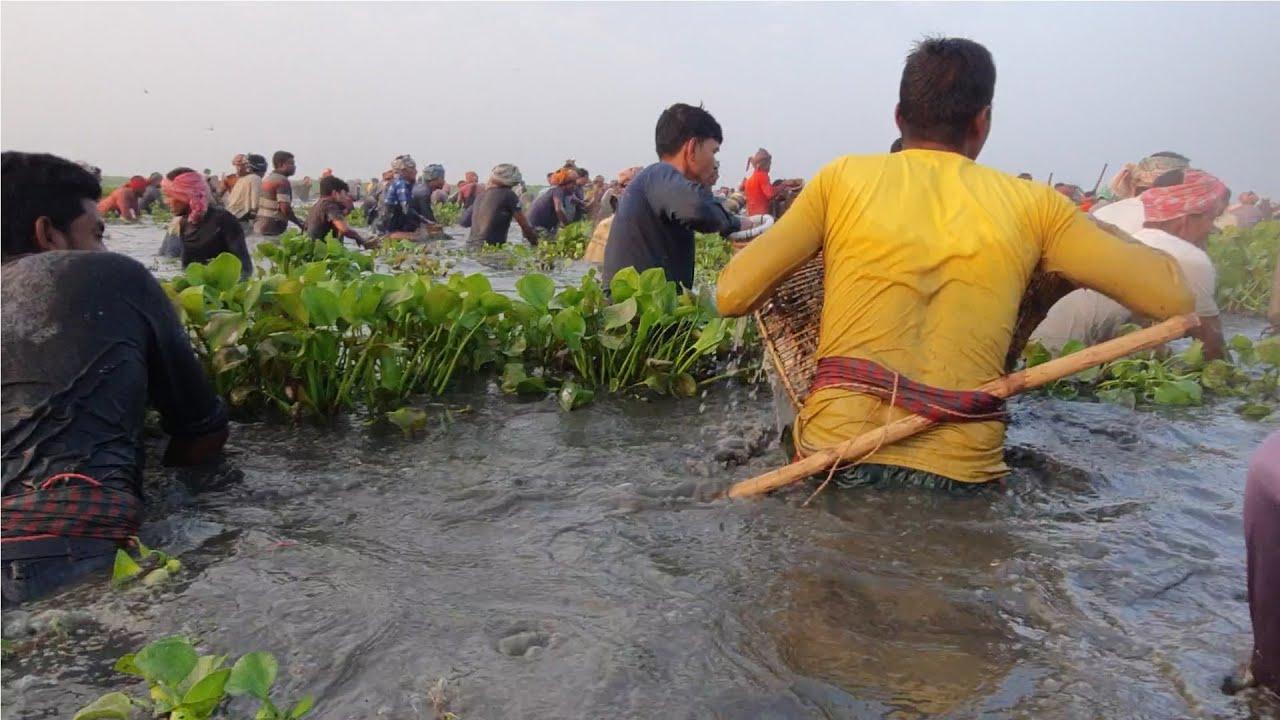FISHING INTO DEEP WATER | BENGALI IHING LIFE | FISHHUNTING