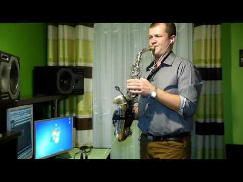 I believe  Dave Koz   Łukasz Pęcak sax