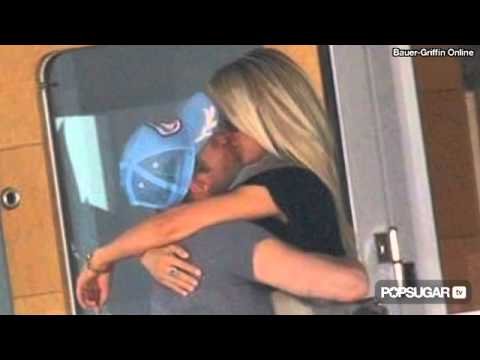 Julianne Hough Reveals Ryan Seacrest's Romantic Side To Ellen DeGeneres