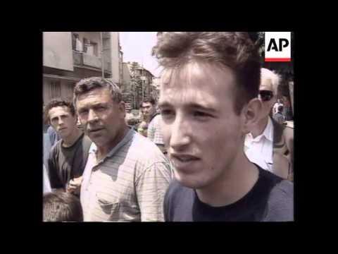 KOSOVO: PRISTINA: ETHNIC ALBANIANS PROTEST AGAINST SERB AGGRESSION