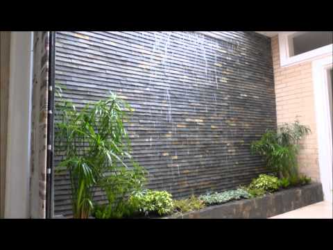 Fuente de agua cascada de pared armon a estilo doovi - Fuente de pared ...