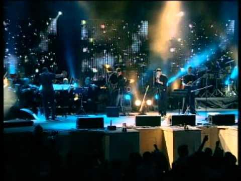 גד אלבז בהופעה חיה בקיסריה - בין הטיפות  Gad Elbaz Live In Caesarea - Between The Drop