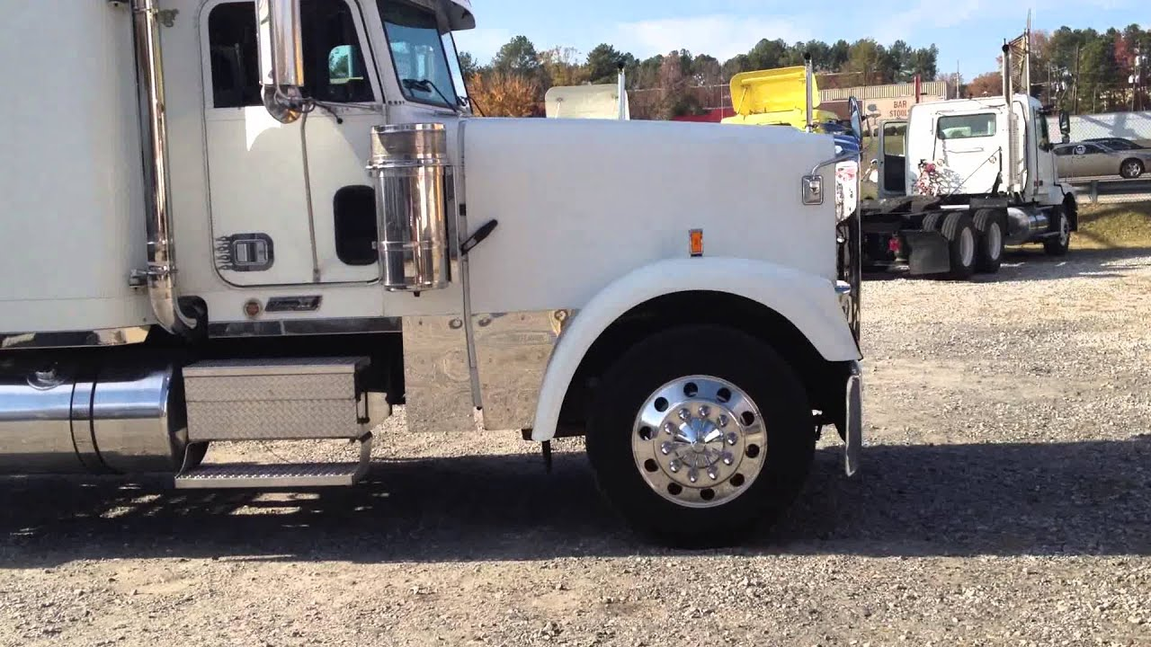 2005 Freightliner Classic Xl Youtube