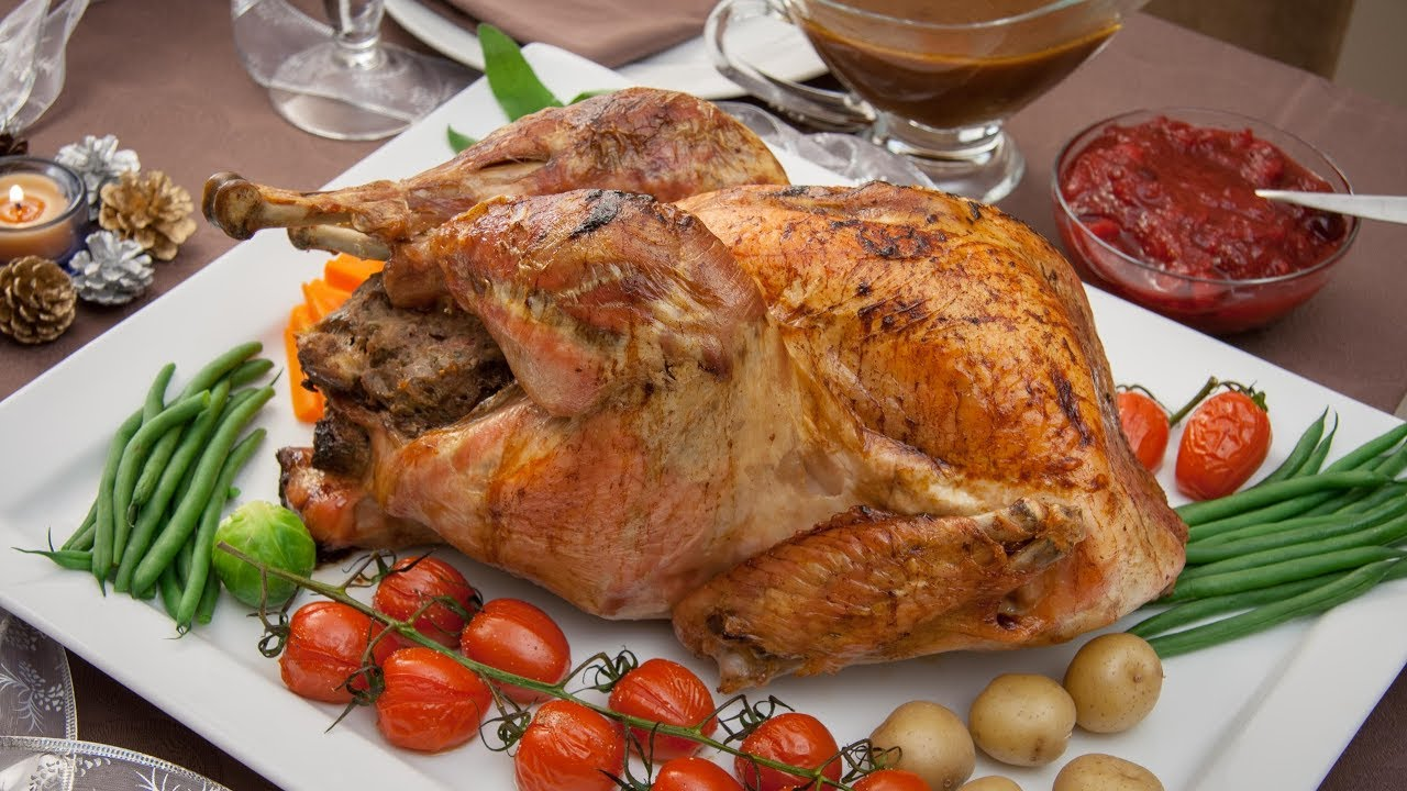 How To Roast A Stuffed Turkey How To Make Cranberry Sauce And Gravy For Christmas Turkey Youtube